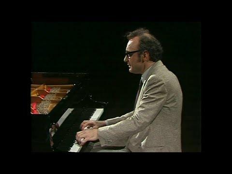 Alfred Brendel plays Schubert 2 - Piano Sonatas D845 & D850