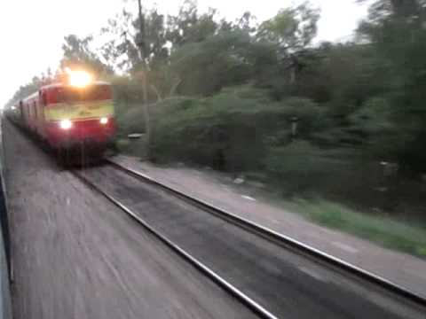 13111 Lal Quila express speeds towards DLI