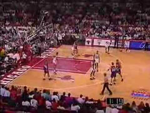 Bulls vs. Suns 1993 NBA Finals Game 3 (17/...) - YouTube