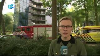 LIVE: Politie en brandweer met stormram ontruimde flat in na brand in Diemen