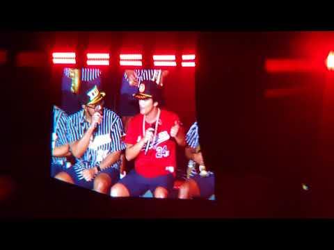 Bruno Mars en Costa Rica - Dancing  Perm