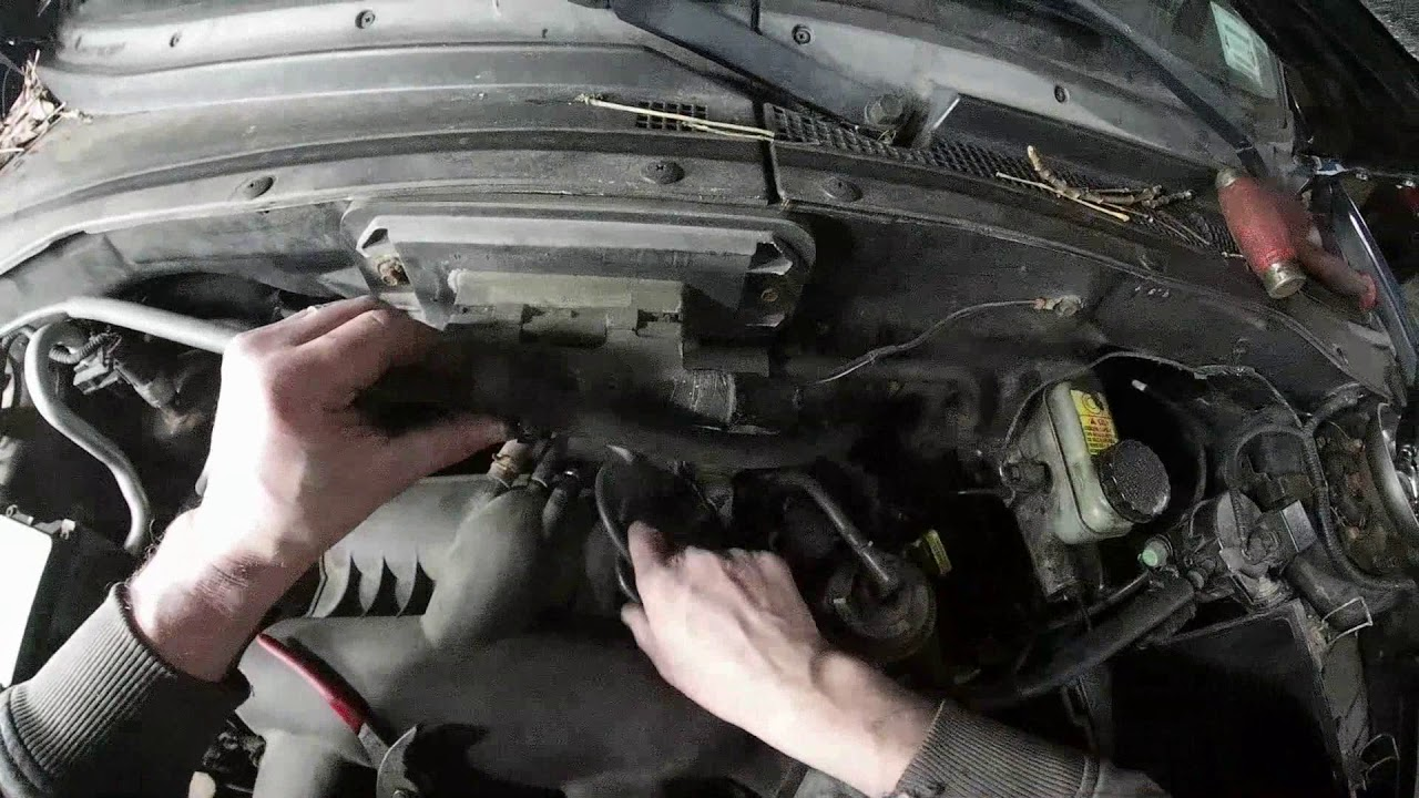 Replacing 3 Spark Plug Coil 03 Ford Escape Pt 4 Done