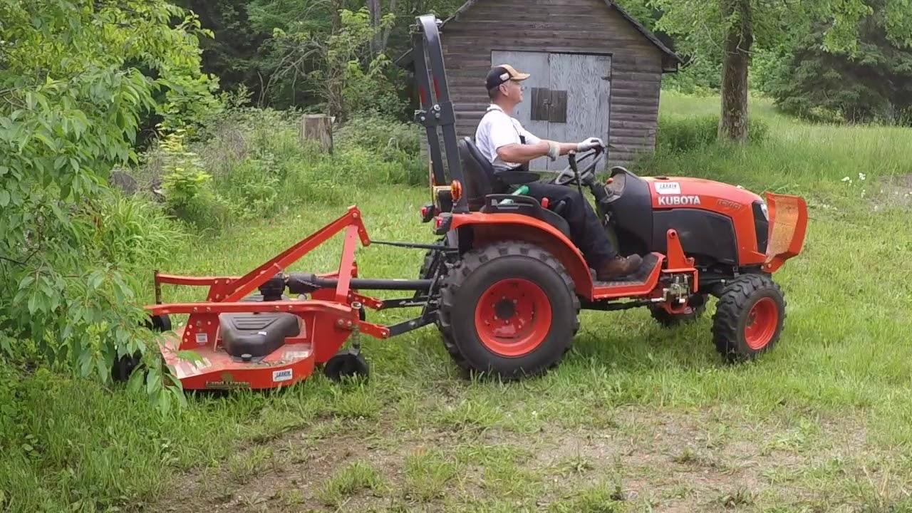 51 Kubota B2601 Compact Tractor FDR1660 Finish Mower Or Bush Hog