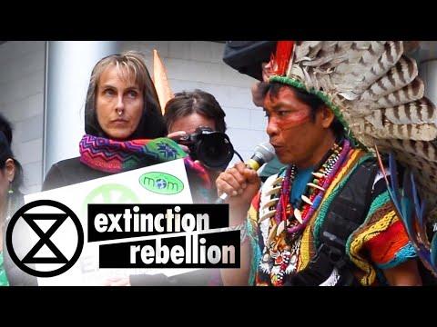 Amazonian Shaman Visits BlackRock Headquarters in London   Extinction Rebellion