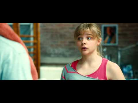 KickAss 2  Chloe Grace Moretz is Hit Girl