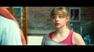 Kick-Ass 2 - Chloe Grace Moretz is Hit Girl