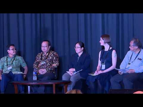 """""""Black gold"""" for climate mitigation? - GLF: Peatlands Matter (live)"""