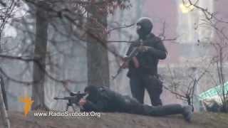 """АТО СЛАВЯНСК ДОНЕЦК ЛУГАНСК КРЫМ  ==  БЕРКУТ """"убивает"""" АКТИВИСТОВ ЖЕСТЬ!!! Crimea"""
