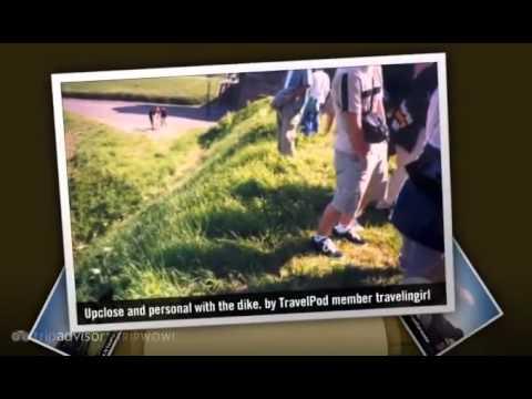 """Visiting a real dike"" Travelingirl's photos around Heusden, Netherlands (holland dikes pictures)"