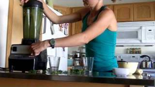 How To Make A Green Smoothie, with Jessa Greenfield