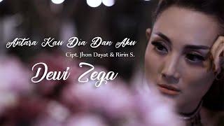 Dewi Zega - Antara Kau Dia Dan Aku (Official Music Video) Mp3
