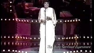 Liza Minnelli NOBODY KNOWS YOU WHEN YOU'RE DOWN AND OUT live in concert