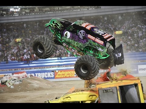 Monster Jam @ Macon Show 2016 Freestyle!
