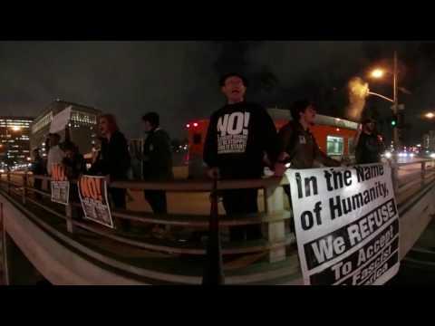 RefuseFascismLA: LA Freeway Overpass 1/19 #4