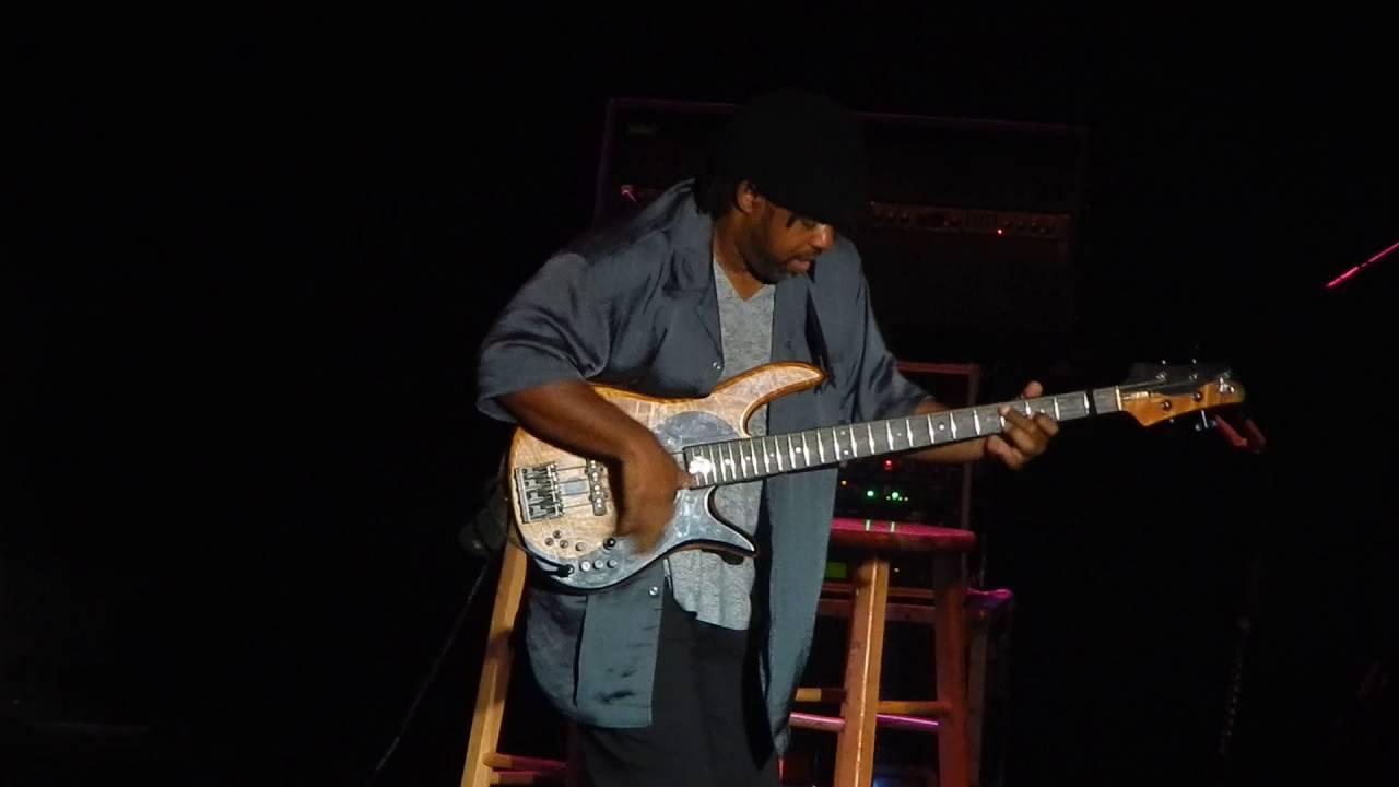 Resultado de imagen de Bela Fleck and the Flecktones Live at The Basement Sydney Australia, 2007
