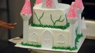 Adding Vines to a Princess Castle Cake | Birthday Cakes