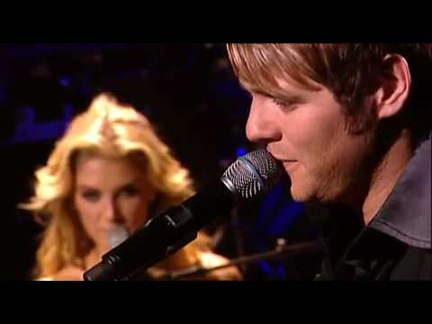 Delta Goodrem _ Brian McFadden - Almost here ( Live In Sydney )