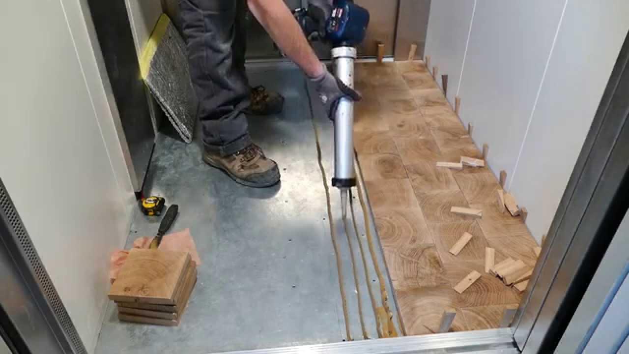 pose parquet pav s bois debout end grain wood blocks in oak youtube. Black Bedroom Furniture Sets. Home Design Ideas