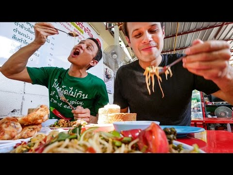 Thai Street Food in Bangkok with The Food Ranger - AUTHENTIC Local Tour! (4K Video)
