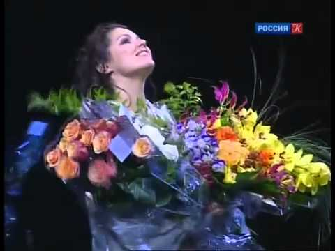 Anna Netrebko, An Amazing Prima Donna - a documentary in Russian with English subtitles