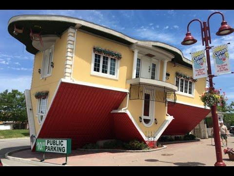 Upside Down House - Niagra Falls