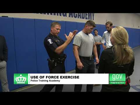 C293 CMPD Weekly Press Conference 10 11 2017 Use of Force Demo