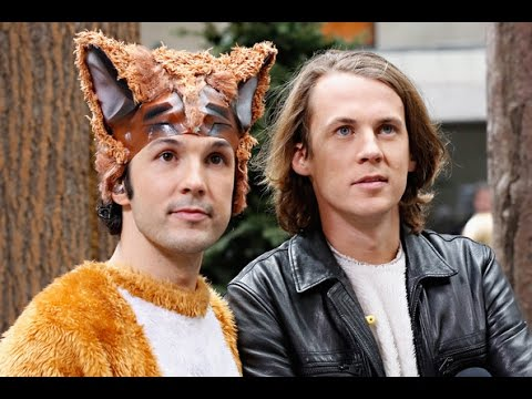 What does the fox say lyrics! - Dean Lyrics