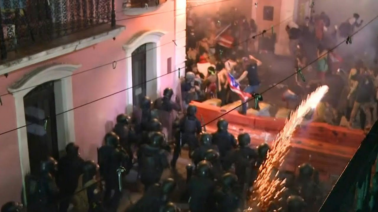 Police in Puerto Rico launch tear gas at protesters | AFP