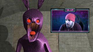 ESCAPANDO de un CONEJO MORADO - One Of The Buttons (Horror Game)