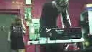 Hindu Pez Live @ Volume CD Exchange pt1