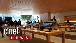 Apple store Chicago walkthrough