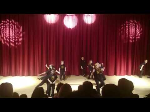 Stagecoach school kids dancing
