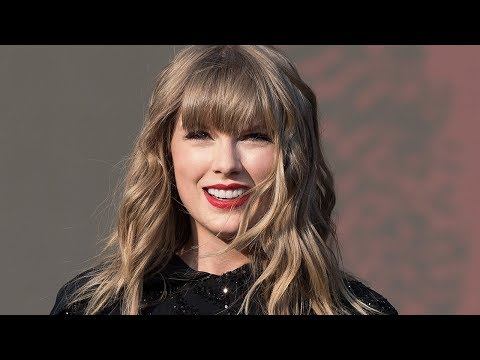 """Taylor Swift Fans OUTRAGED Over """"LWYMMD"""" MTV VMA Snub & React On Twitter"""