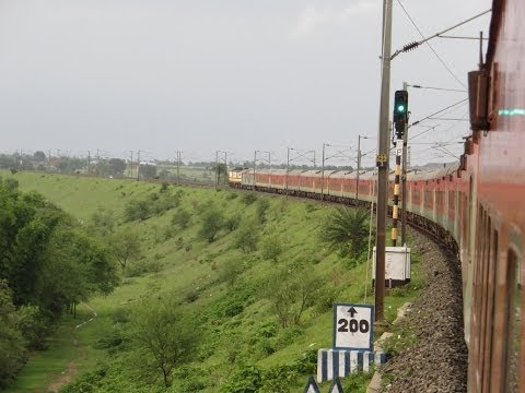 Full Journey on Howrah Rajdhani Express (via Patna): Howrah-Patna