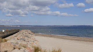 Niendorf, Germany: Strand (Beach), Ostsee (Baltic Sea), Strandbrücke - 4K Video Photo(Video Image 4K Channels: http://www.videoimage4k.com Videobilder Channels: http://www.videobilder.eu Recording date: 04-2015 Notes: Video Photos are ..., 2015-06-01T13:48:28.000Z)