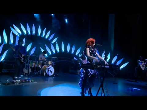 Mama by Kate Miller-Heidke - Live at Enmore Theatre, Sydney