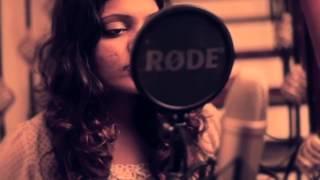 Jaanejaan dhoondta R D  Burman & Rolling in the deep Adele by The Hues