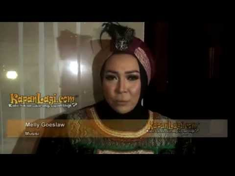Melly Goeslaw Belajar Pakai Hijab Dari Youtube