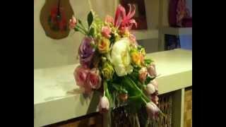 как собрать красивую композицию из живых цветов.wmv