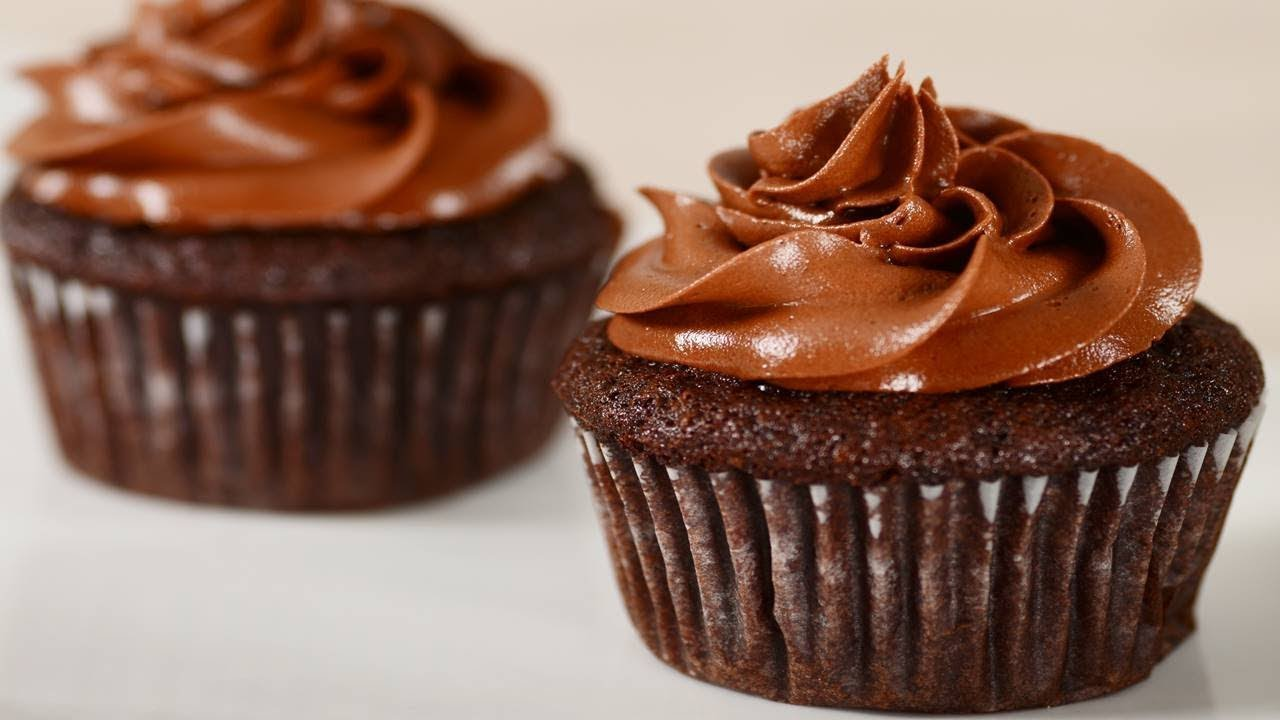 Banana Chocolate Cupcakes Recipe Joyofbaking Com Video Recipe