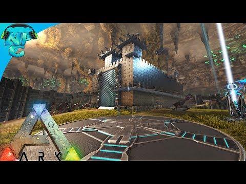 World War ARK - 2 Men 1 Base Raid the Center's Metal Castle! E25 ARK Survival Evolved