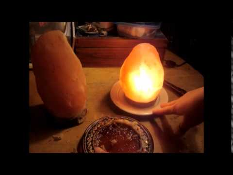 The Levoit Aria Himalayan Salt lamp +How I decorate with it FunnyCat.TV