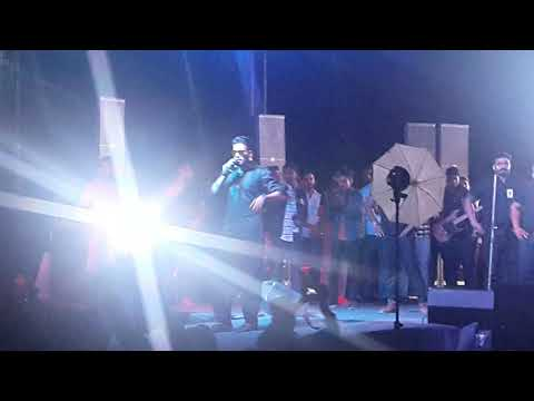 Chandigarh Police Stopped To Sing A Song On GangLand In Panjab University Chd