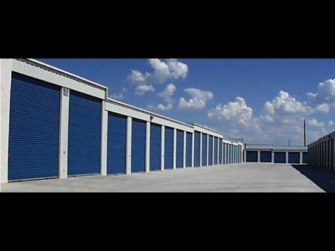 Amazon Seller Buys a Storage Locker