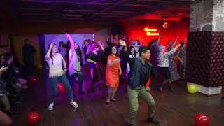 Baile de Gregorio!! La fiesta de cumpleaños de la escuela.ru .