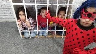 الدعسوقة دخلتهم السجن !!!
