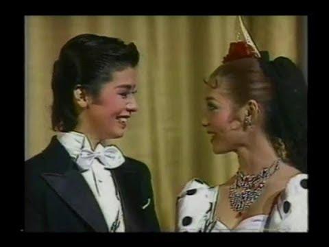 日本1982年宝塚月組取材:大地真央 Mao Daichi 黒木瞳 Hitomi Kuroki