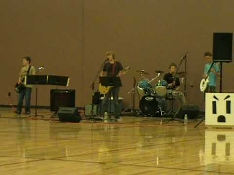 Mad Outlet playing Smoke on the Water at 7th grade talent show