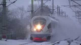 Поїзд летить Сапсан - всім боятися!
