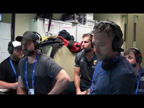 Luke Hodge commentates with The Traders